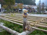 クマのルーニー 駅前ロータリー