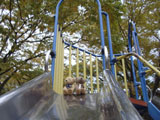 クマのルーニー 滑り台
