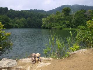 鎌池と雨飾山
