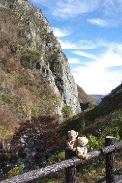 明星山と小滝川