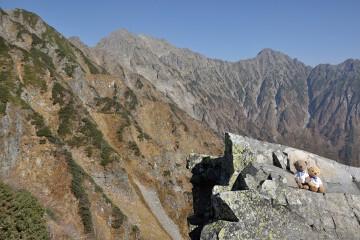 険しい峰々